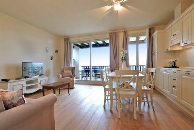 Preiswert Golfen am Gardasee - Cherv� Golf Hotel Apartments San Vigilio****Italien Golfreisen und Golfurlaub