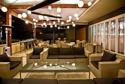 Fire & Ice Melrose Arch****(*)